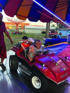 fair car kids